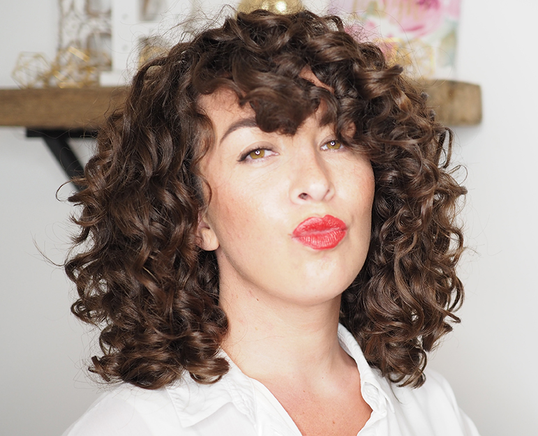 Gabriella Curly Cailín Curly Girl Blogger