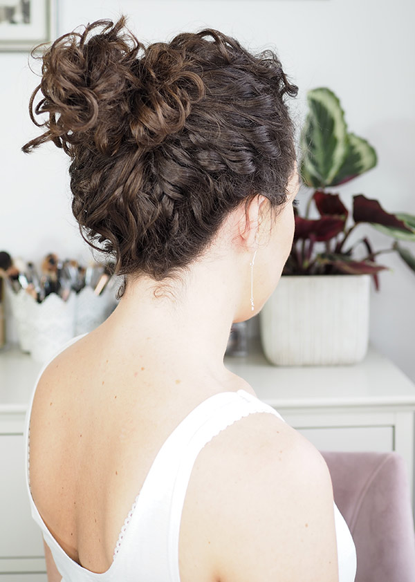 curly cailin curly loose bun upstyle