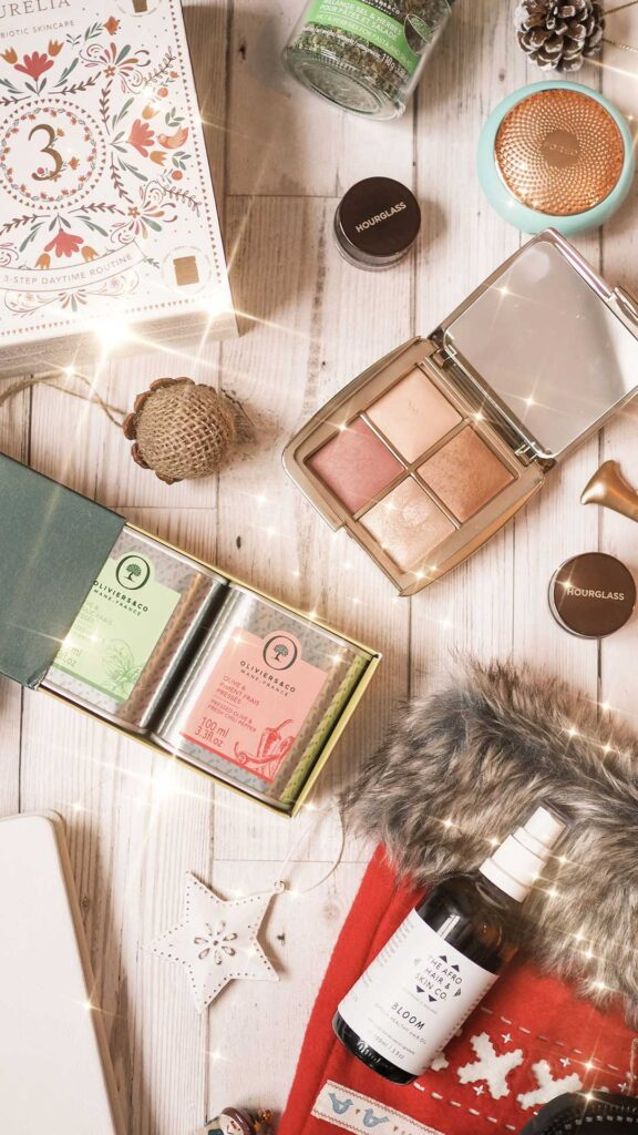curly cailin gift guide makeup