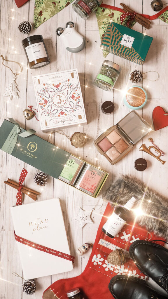 curly cailin gift guide
